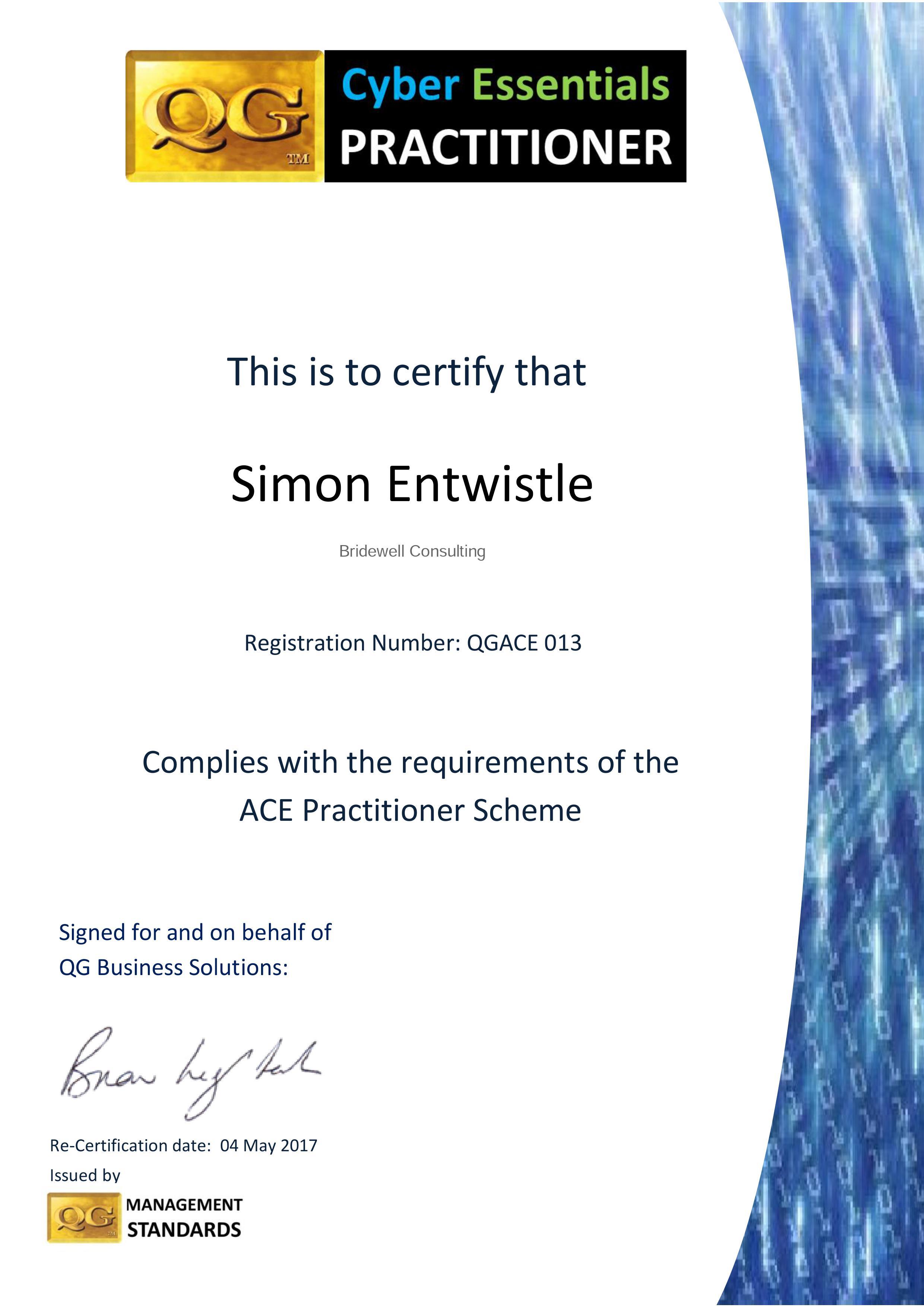 qgace 16 17 Simon Entwhistle